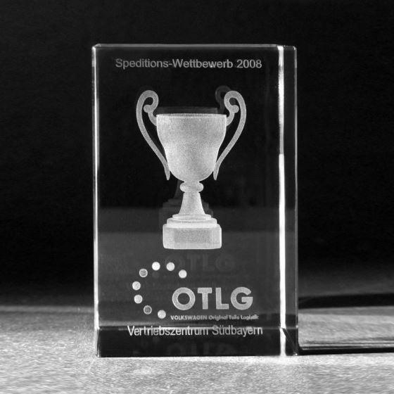 3d-kristall-design-award-pokal-laserglas-glas